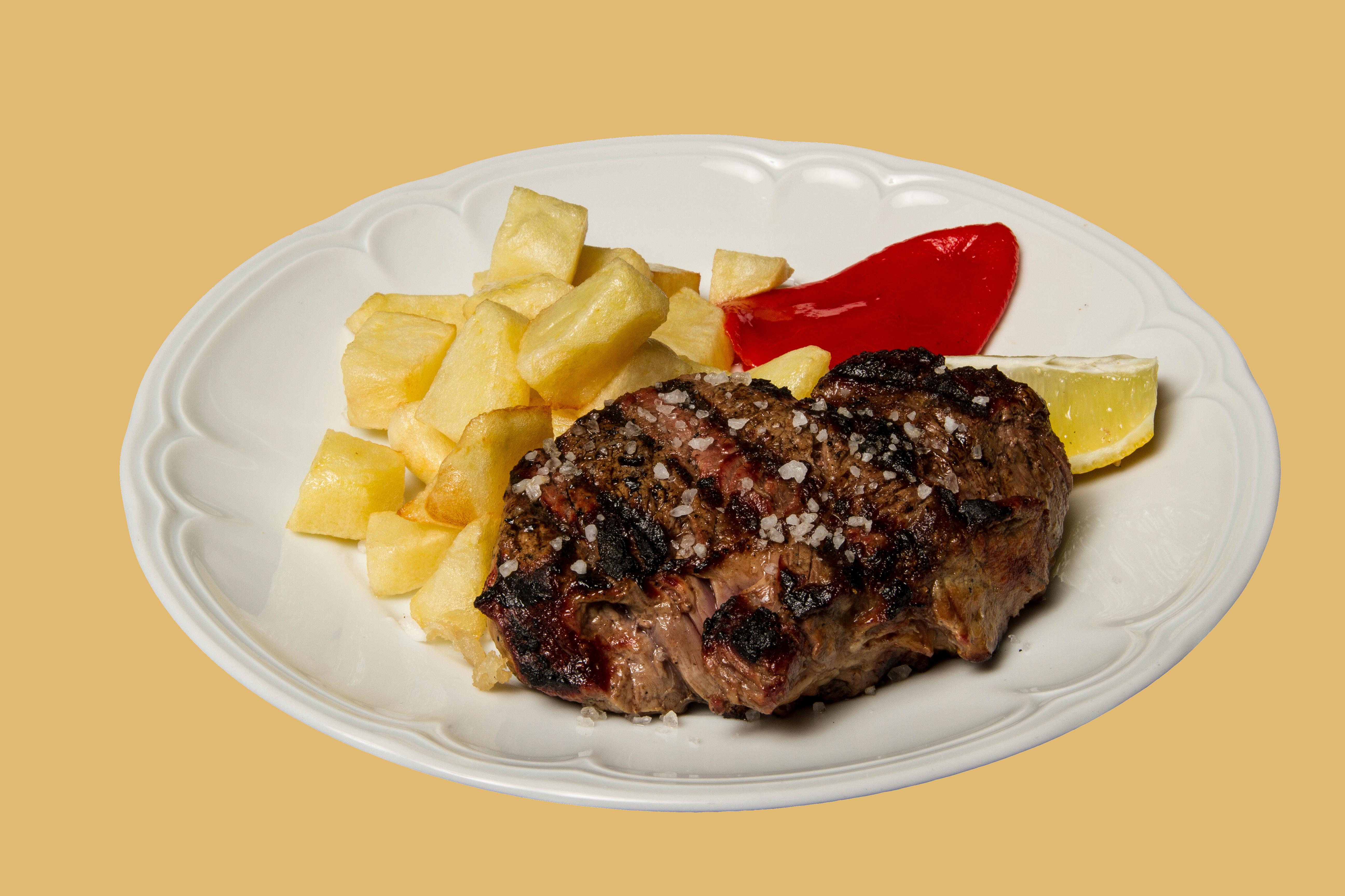 Platos y expecialidades restaurante san roque for Solomillo de ternera